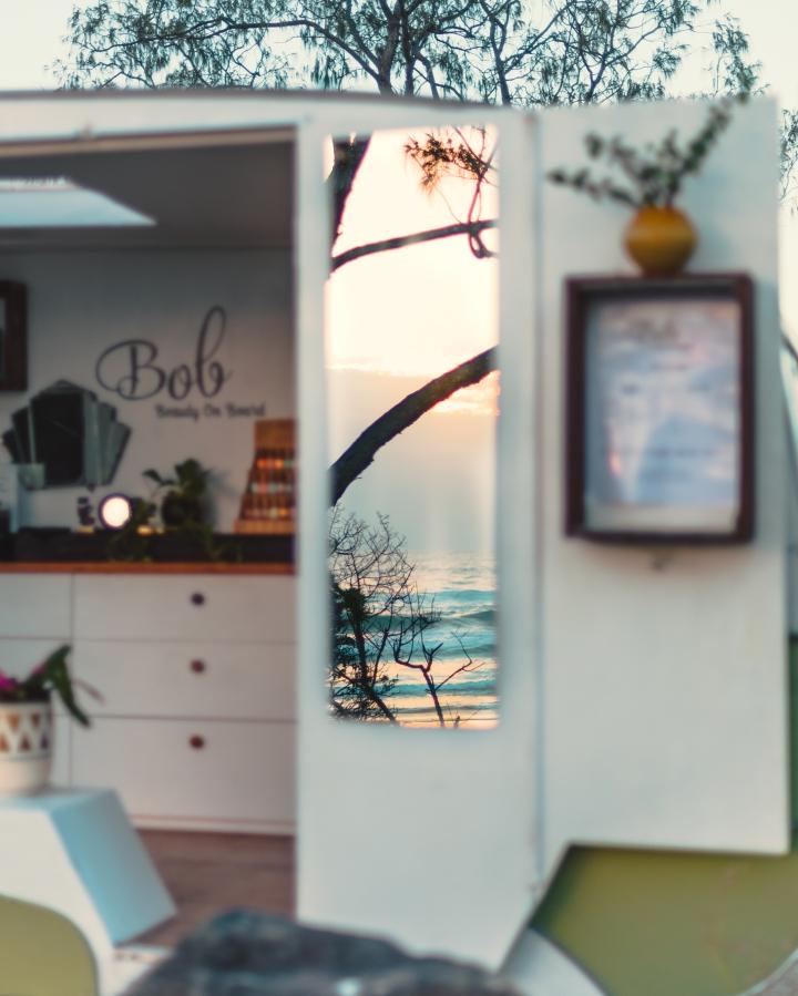 BOB // BEAUTY ONBOARD